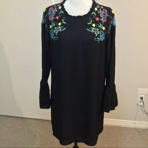 Zara black shift w/ floral embroidery